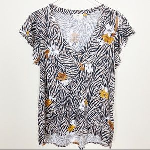 Anthro Tl.a floral tropical tee